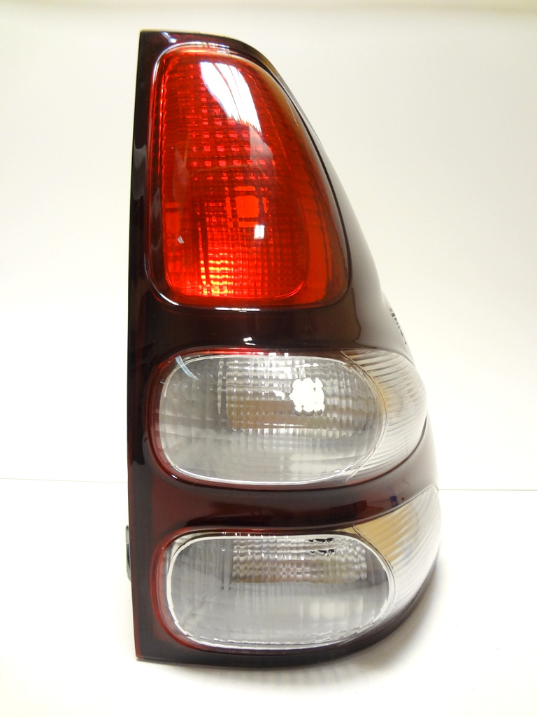NEW TOYOTA LAND CRUISER PRADO FJ120 02-09 REAR TAIL LAMP LIGHT STOP SIGNAL RIGHT